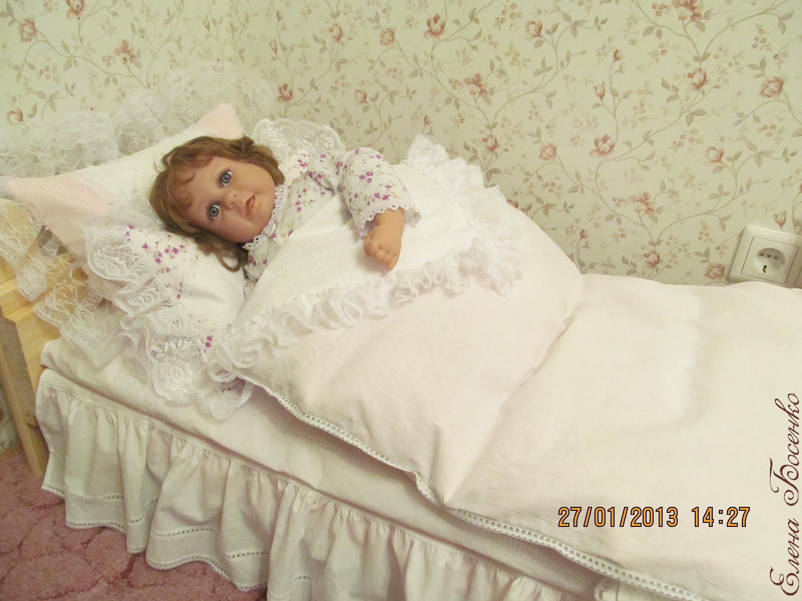 Как сшить матрасик для куклы в кроватку